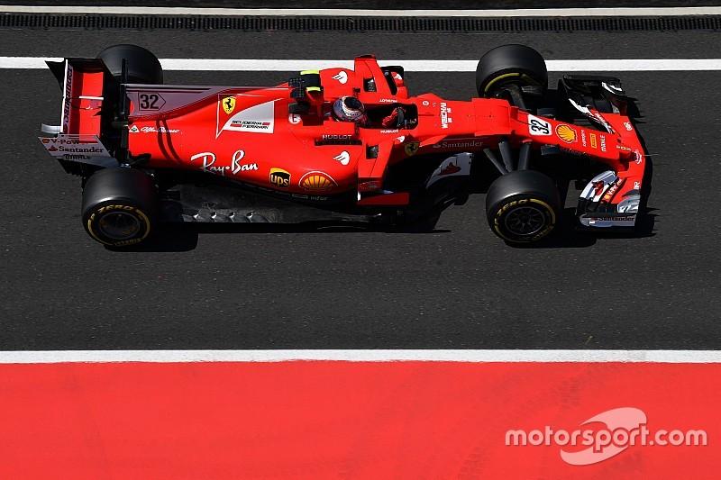 Леклер показал лучшее время по итогам первого дня тестов Ф1