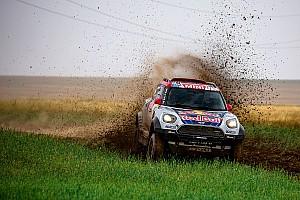 Rallye-Raid Rapport d'étape Étape 7 - Menzies, premier à devancer les Peugeot