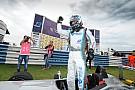 Fórmula 3 Brasil Hahn derrota Iorio e vence com pista molhada em Goiânia