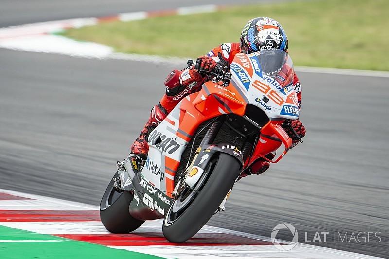 Lorenzo snelste op vrijdag in Barcelona, crash Marquez