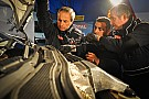 Il personaggio Peugeot - i meccanici: team perfetto...