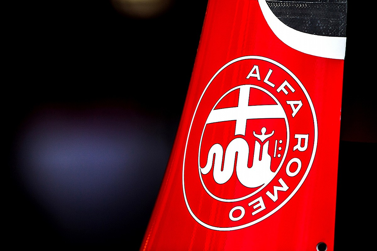 Alfa Romeo Sauber, Sparco ile sözleşme imzaladı