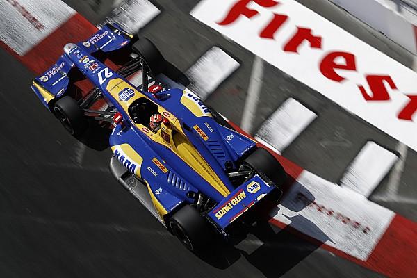 IndyCar Отчет о гонке Росси выиграл в Лонг-Бич и стал лидером зачета IndyCar