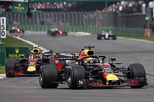 Red Bull ve a Verstappen