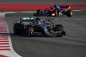 Леклер: Суперники Ferrari «їздили з баластом»