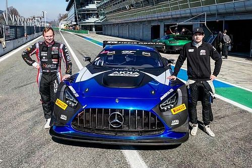 Терещенко проведет сезон-2021 в гонках GT