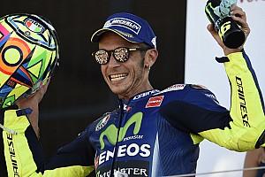 Rossi megtette első motoros köreit!