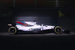 Williams segue tendência e faz fotos do FW40 com barbatana