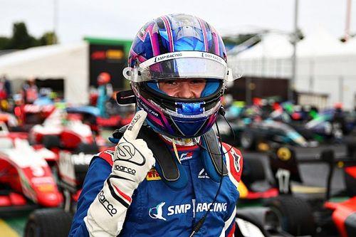 F3, Silverstone, Gara 2: Smolyar rompe il ghiaccio