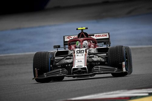 Giovinazzi hit with grid penalty for gearbox change