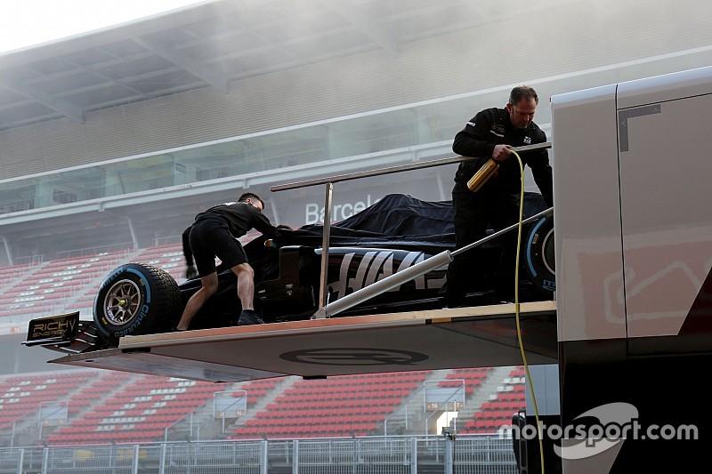 Haas, VF-19'u Barcelona'ya getirdi