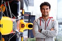 Eerste werkdag voor Perez in dienst van Red Bull Racing