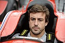 GALERI: Alonso kunjungi balapan IndyCar