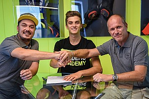 Moto2 Breaking news Luca Marini gabung ke Sky VR46 Moto2