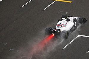 F1 Reporte de pruebas La niebla impide rodar en Shanghai