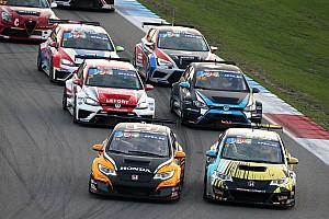 TCR Benelux Nieuws Tom Coronel met kampioensteam in TCR Benelux