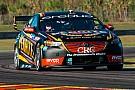 Supercars Рейнольдс выиграл вторую гонку Supercars в Хидден-Вэлли