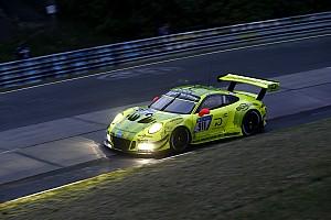 Endurance Qualifiche 24h Nurburgring: Laurens Vanthoor regala la pole alla Porsche