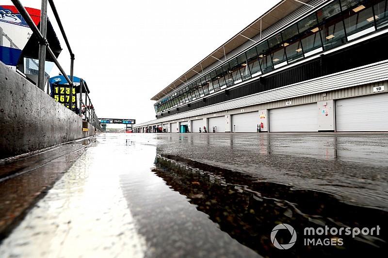 У Сільверстоуні знову перекладуть асфальт заради MotoGP