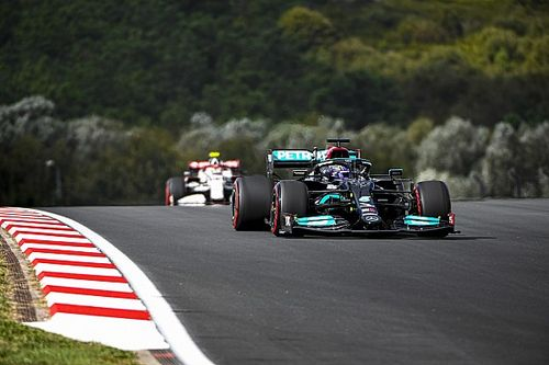 Hamilton to take 10-place F1 grid penalty at Turkish GP