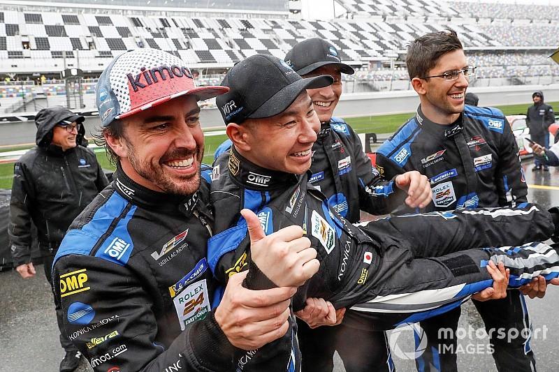 Alonso: olyat akarok csinálni, amire még nem volt példa a motorsportban