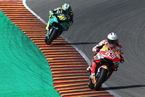 """Márquez: """"A Rossi hay que juzgarlo por toda su carrera, es una leyenda"""""""