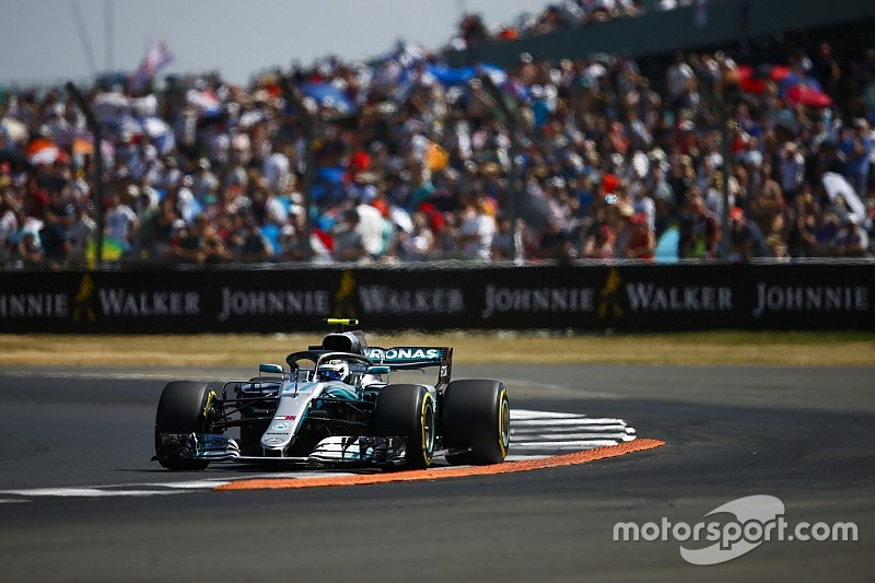 Mercedes likely to split strategies amid Ferrari threat