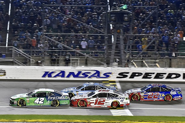 NASCAR Cup Kyle Larson assessed L1 penalty from NASCAR for rear window issue