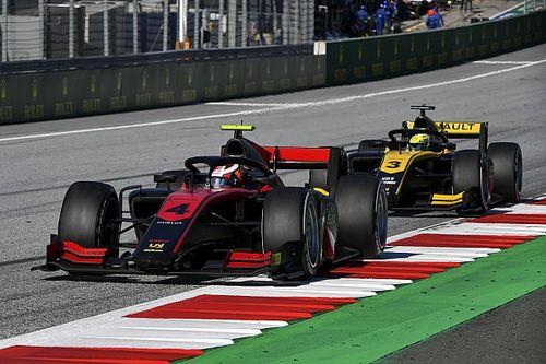 Mick Schumacher a 2. helyről dobta el az autót, Ilott nyerte az F2 első versenyét