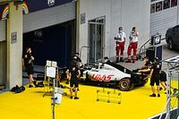 Grosjean escapa de exclusão de GP da Estíria e vai largar do pitlane; entenda