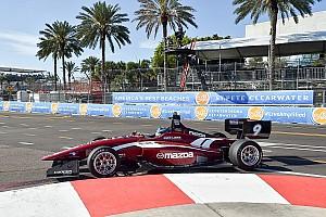 Indy Lights Gara Aaron Telitz sorprende e conquista la vittoria in Gara 1 a St Pete