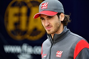 Forma-1 BRÉKING Giovinazzi bízik a Ferrariban és abban, hogy az olaszok
