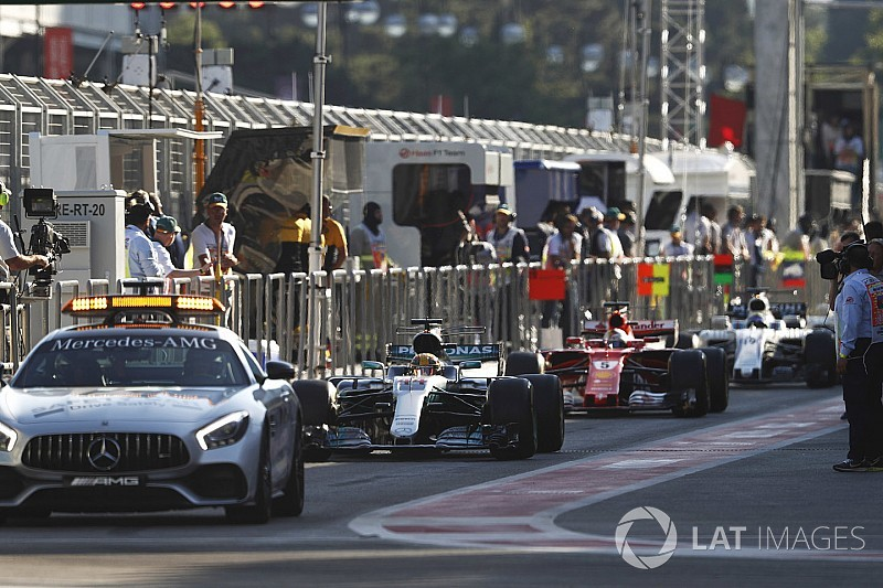 Феттель и Хэмилтон устроили «дорожные войны» на гонке в Баку