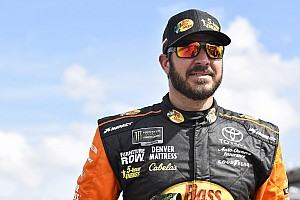 NASCAR Cup Practice report Martin Truex Jr. fastest in final Cup practice; Stenhouse wrecks