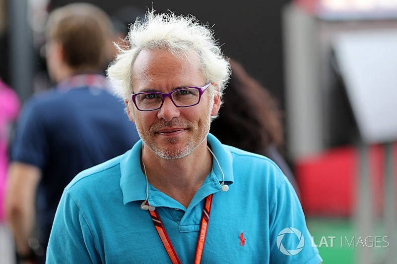 Villeneuve szerint Stroll megítélésén csak egy lassabb csapattárs segíthetne