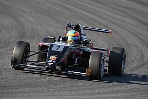 Formula 4 Gara Sebastian Fernandez si impone in Gara 1 al Mugello