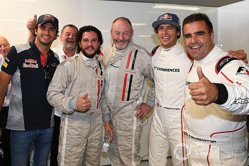 Astros de Game Of Thrones pegam carona em um F1 na Itália