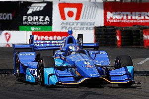 IndyCar Reporte de prácticas Dixon regresa a la cima en la tercera práctica libre