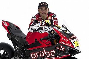 Bautista et la Ducati V4 R doivent