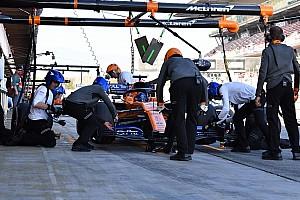 McLaren opgeschrikt door brand tijdens filmdag in Barcelona