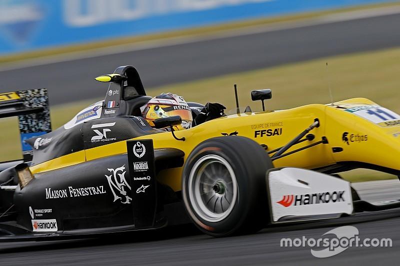 Sacha Fenestraz artiglia la pole position per Gara 1 a Silverstone