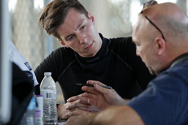 Alex Lynn se une a Aston Martin para temporada 2018/19 de WEC