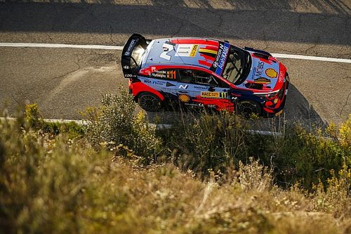 WRC, Rally Spagna, PS6: Neuville chiude da leader