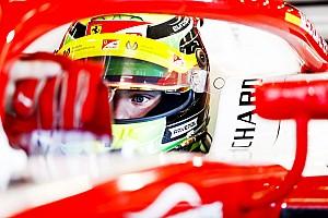 Schumacher quiere pensar en el debut en F2 antes que en su test con Ferrari