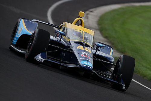 Jimmie Johnson Siap Ikuti IndyCar Semusim Penuh
