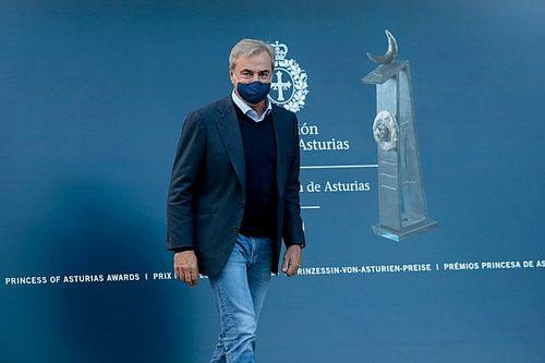 Carlos Sainz recibe el Princesa de Asturias en una ceremonia diferente