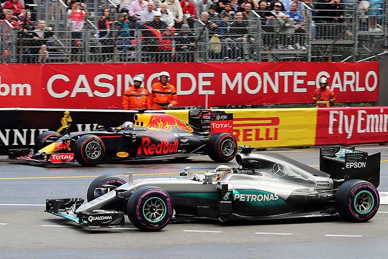 Хэмилтон выиграл в Монако после ошибки Red Bull в боксах