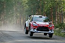 WRC Finlandia: Meeke perbesar keunggulan, pertarungan posisi ketiga semakin ketat