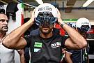 Фото: что видит механик Aprilia в шлеме дополненной реальности
