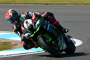 WSBK Ultime notizie Kawasaki: Rea scivola, ma ha un gran passo. Sykes vuole dare battaglia